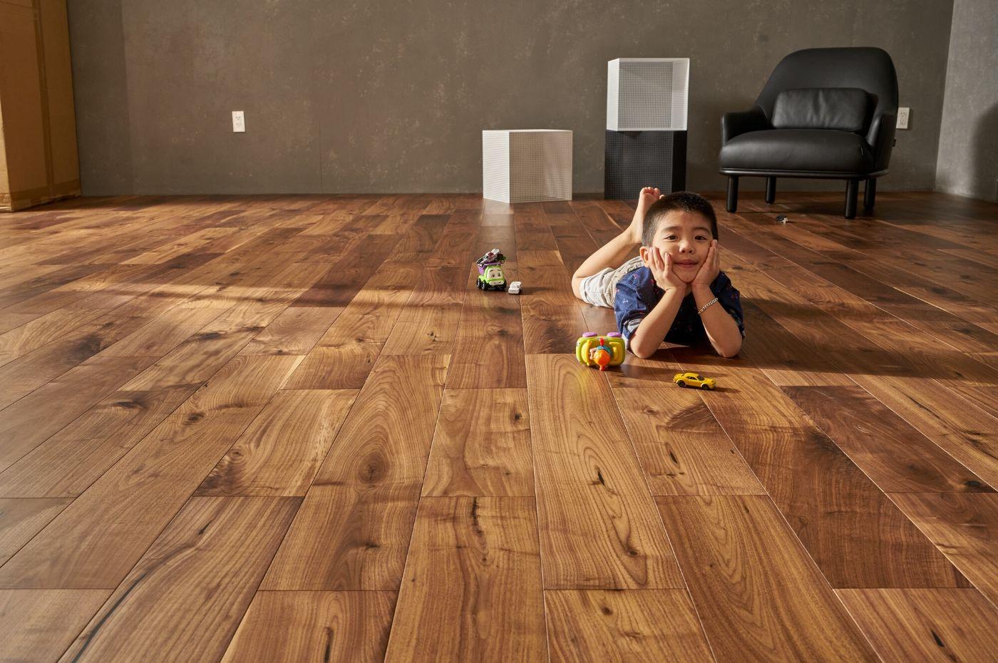 Sàn gỗ plywood là gì? Sàn gỗ plywood có tốt hay không?