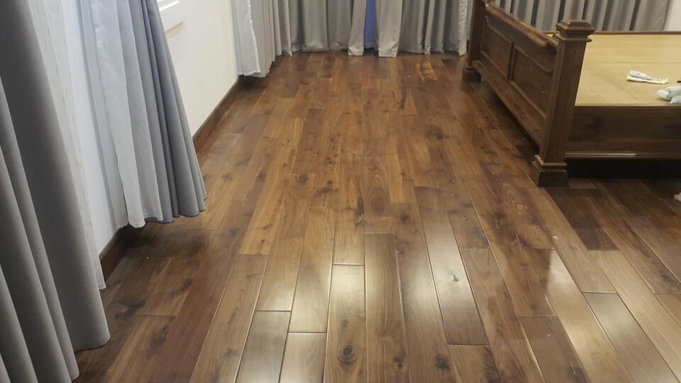 Thế nào là sàn gỗ tốt? Cách lựa chọn sàn gỗ tốt không phải ai cũng biết