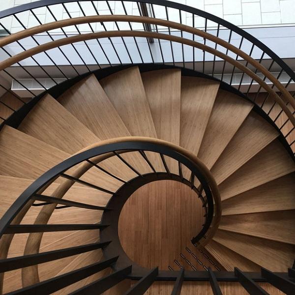 Một số mẫu bậc cầu thang đẹp bằng gỗ