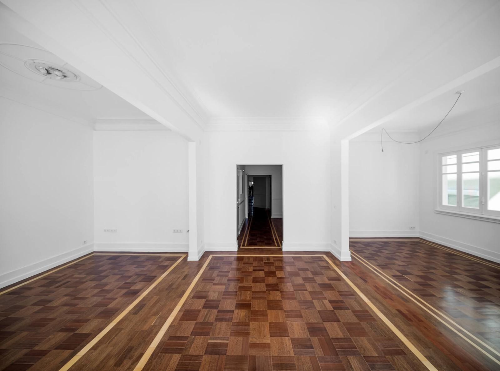 Sàn gỗ chung cư nên sử dụng loại gỗ nào là phù hợp nhất?